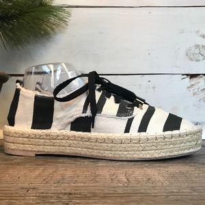 DV for Target Canvas Espadrilles Loafer Shoe 9.5